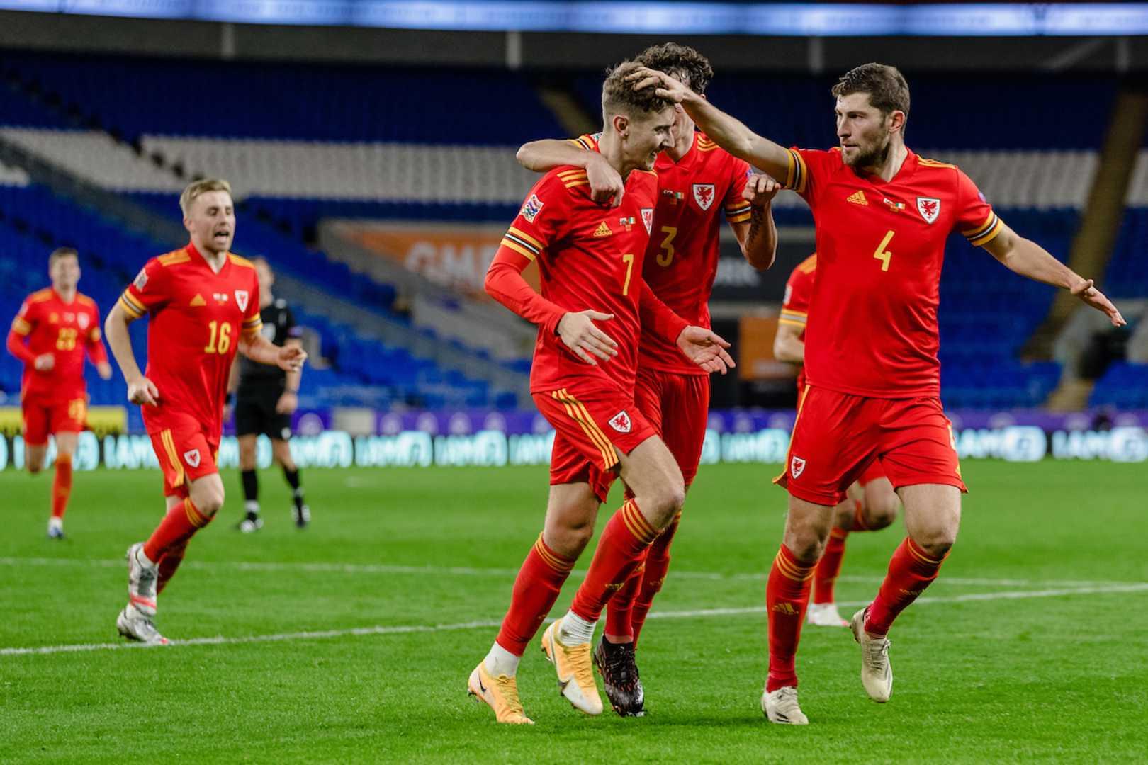 Cymru'n curo Gweriniaeth Iwerddon 1-0
