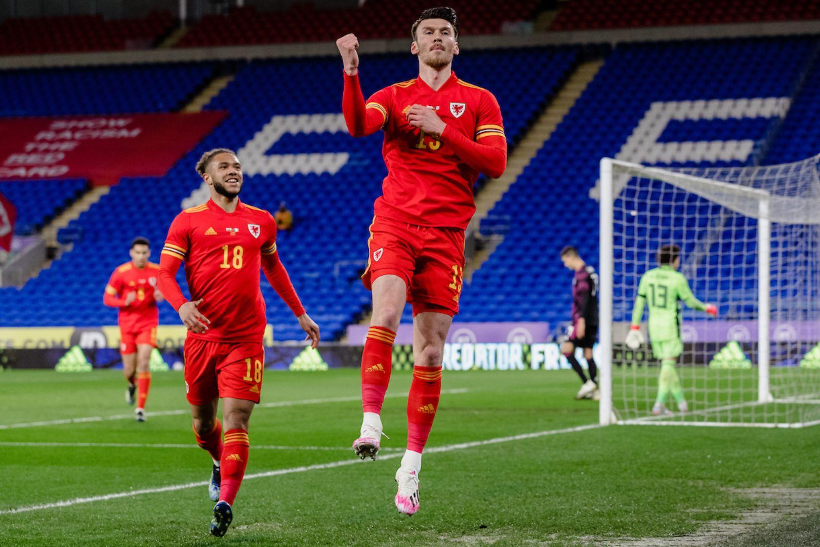 Cymru 1-0 Mecsico